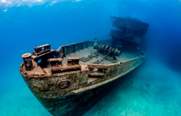 Wreck Diving in Cancun